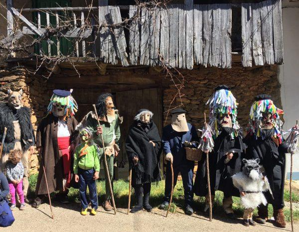 Los campanones de Quintanilla de Yuso, en una de sus últimas apariciones. Foto: S. Carracedo